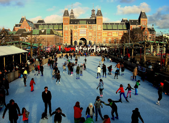 Museumplein becomes a winter wonderland at year-end.